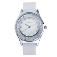 Блестящие часы с кристаллами