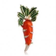 Брошь морковка красавица