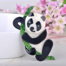 Акриловая брошь панда