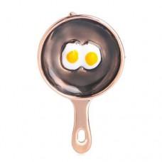 Брошь сковородка с яичницей