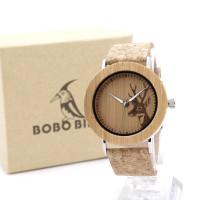 Часы деревянные с оленем