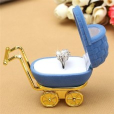 Коробка для кольца коляска